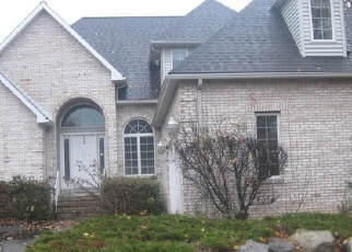 Foreclosed Home en SOMERSET CLOSE, Moosic, PA - 18507