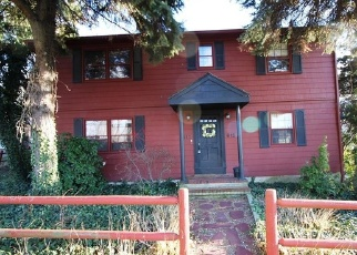 Foreclosed Home in NEW HAVEN AVE, Milford, CT - 06460