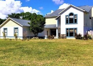Foreclosed Home en SAINT MARKS DR, Titusville, FL - 32780