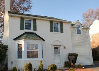 Foreclosed Home in S OGLE AVE, Wilmington, DE - 19805