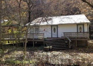Foreclosed Home in PRIVATE DRIVE 8496, Newburg, MO - 65550