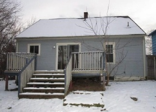 Foreclosed Home en NELSON AVE, East Syracuse, NY - 13057