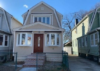 Foreclosed Home en 131ST AVE, South Ozone Park, NY - 11420
