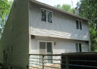 Foreclosed Home en OLD MAIL TRL, Danville, PA - 17821