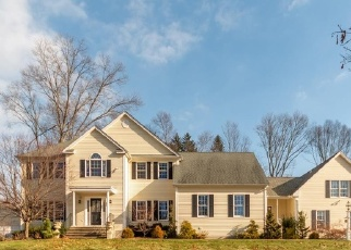 Foreclosed Home in EVERGREEN LN, Oxford, CT - 06478