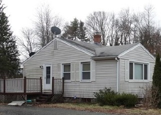 Foreclosed Home in WALLINGFORD RD, Durham, CT - 06422