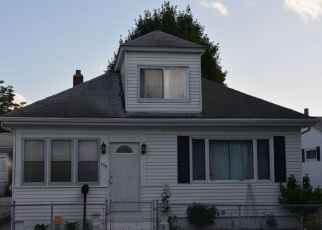 Foreclosed Home in PRUDENCE AVE, Providence, RI - 02909