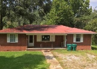 Foreclosed Home in E RAILROAD AVE, Livingston, LA - 70754