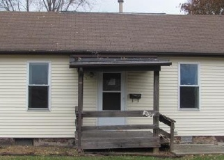 Foreclosed Home in E 3RD SOUTH ST, Mount Olive, IL - 62069