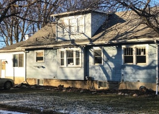 Foreclosed Home en CLIFTON AVE, Lansing, MI - 48910