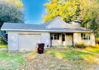 Foreclosed Home in S NEW ST, Milford, IL - 60953