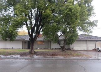 Foreclosed Home en W BURLWOOD LN, Lemoore, CA - 93245