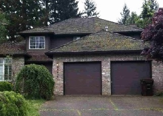 Foreclosed Home in CASTLEBERRY LOOP, Oregon City, OR - 97045