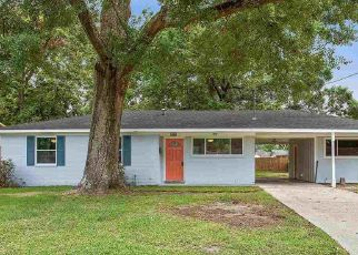 Foreclosed Home in FERN DR, Baton Rouge, LA - 70812
