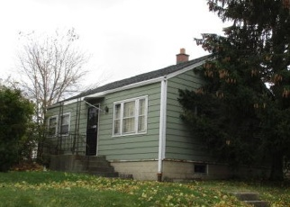 Foreclosed Home in S 20TH ST, Milwaukee, WI - 53215
