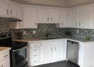 Foreclosed Home en N 44TH DR, Glendale, AZ - 85301