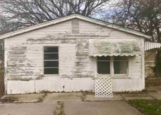 Foreclosed Home in S 11TH ST, Duncan, OK - 73533