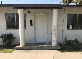 Foreclosed Home in ALTA VISTA DR, Bakersfield, CA - 93305