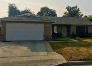 Foreclosed Home en W ASHCROFT AVE, Fresno, CA - 93722