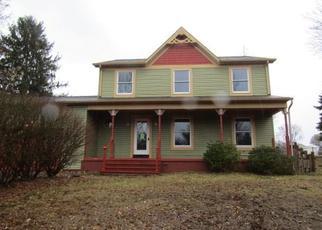 Foreclosed Home en DUKAT LN, Uniontown, PA - 15401