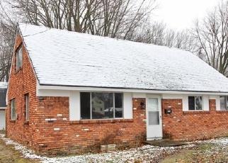Foreclosed Home en ALBAR DR, Toledo, OH - 43623