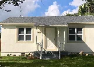 Foreclosed Home en CORRIGAN CT, Lake Worth, FL - 33461