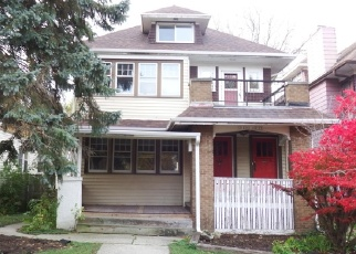 Foreclosed Home en N HI MOUNT BLVD, Milwaukee, WI - 53208
