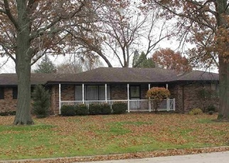 Foreclosed Home in BURNINGTREE DR, Rockford, IL - 61114