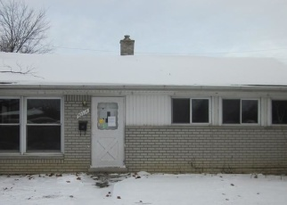 Foreclosed Home in BLOSSOM ST, Roseville, MI - 48066