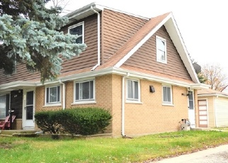 Foreclosed Home en E GRAND AVE, Melrose Park, IL - 60164