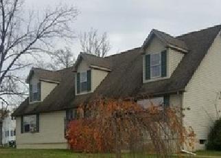 Foreclosed Home en BURLINGHAM RD, Pine Bush, NY - 12566