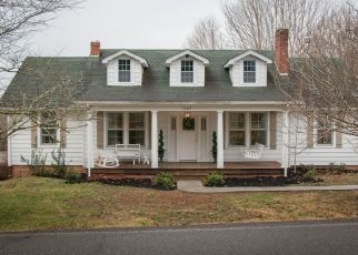 Foreclosed Home in MUDDY CREEK RD, Blountville, TN - 37617