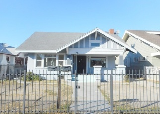 Foreclosed Home en W 47TH ST, Los Angeles, CA - 90062