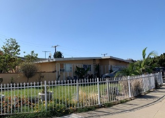 Foreclosed Home en W GLENWOOD PL, Santa Ana, CA - 92704