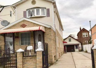 Foreclosed Home en 125TH ST, South Ozone Park, NY - 11420