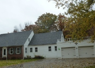 Foreclosed Home in E OAK DR, Marion, IN - 46952