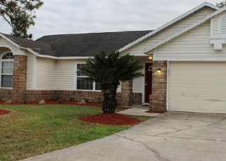 Foreclosed Home en FINNS COVE TRL, Jacksonville, FL - 32246