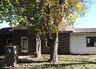 Foreclosed Home in BREMER AVE, Danville, IL - 61832