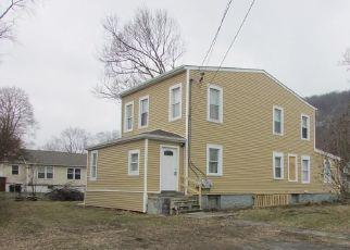 Foreclosed Home en WINDSOR HWY, New Windsor, NY - 12553