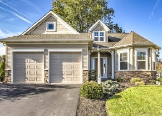 Foreclosed Home en SUMMERLYN DR, Ephrata, PA - 17522