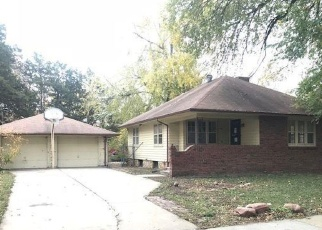 Foreclosed Home in SW WESTERN AVE, Topeka, KS - 66606
