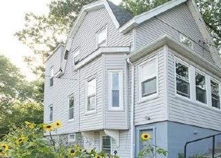 Foreclosed Home in AUBURN CT, Malden, MA - 02148