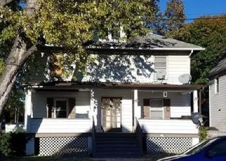 Foreclosed Home en LINCOLN ST, Middletown, NY - 10940