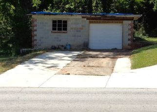 Foreclosed Home en MCAFEE RD, Decatur, GA - 30032