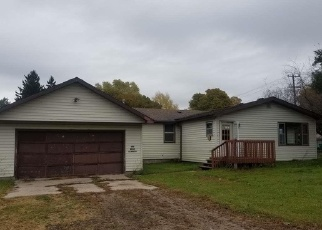 Foreclosed Home en W FOREST ST, Edmore, MI - 48829