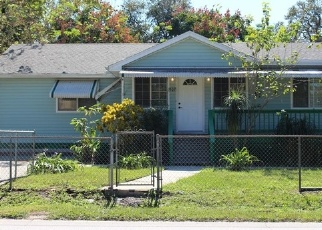 Foreclosed Home in W OAKLAND AVE, Oakland, FL - 34760