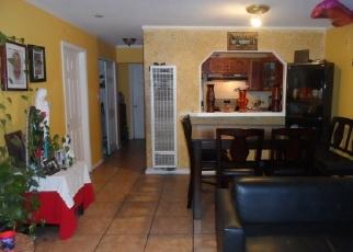 Foreclosed Home en E 87TH PL, Los Angeles, CA - 90002