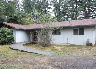 Foreclosed Home in SE HINMAN AVE, Estacada, OR - 97023