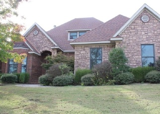 Foreclosed Home in AUTUMN OAKS LN, Fort Smith, AR - 72903