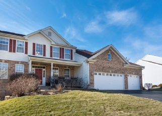 Foreclosed Home en WINDHAM TRL, Carpentersville, IL - 60110